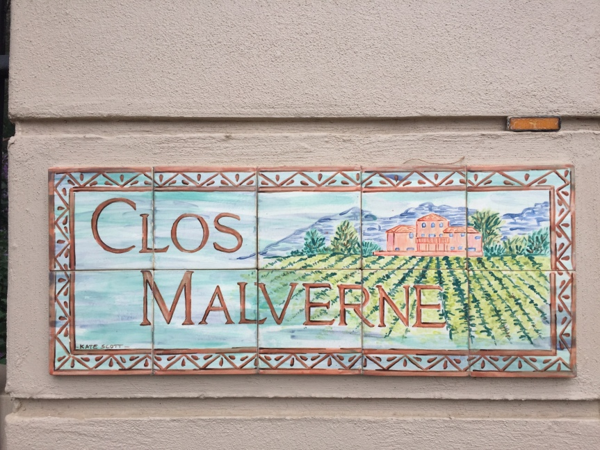 Malverne Dis-Clos-ed